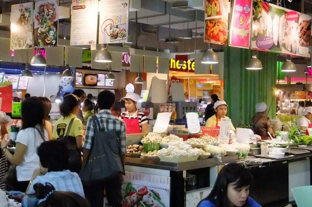 タイ・バンコクで人気のフードコート・おすすめローカルフードメニュー特集!安い旨いに大満足