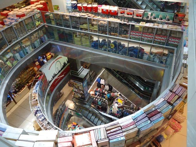 激安でシンガポール土産を!絶対行くべきムスタファ・センター