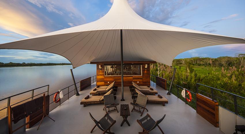 世界で人気の絶景ホテルベスト6!砂漠に船上、オーロラも!