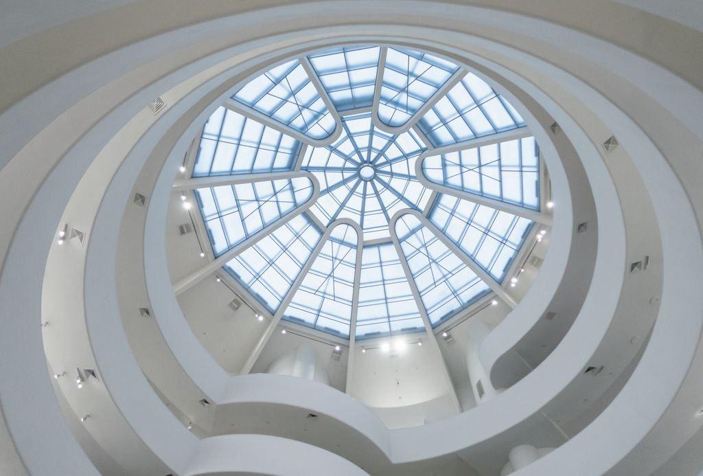 ニューヨークのおすすめ観光スポット「グッゲンハイム美術館」ユニークなアートが楽しい!