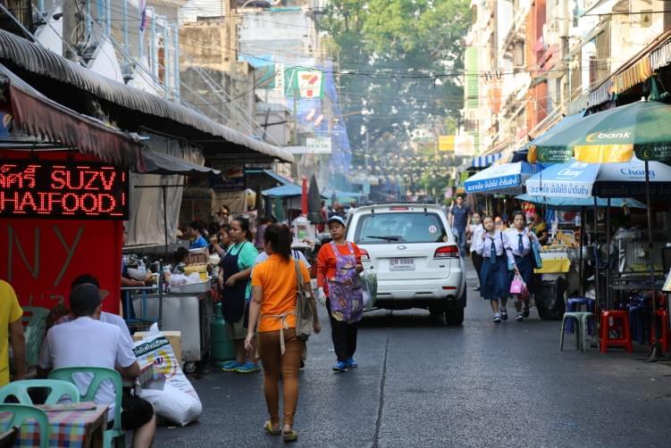 激安激ウマなローカルグルメ!バンコクで屋台街を食べ歩こう!