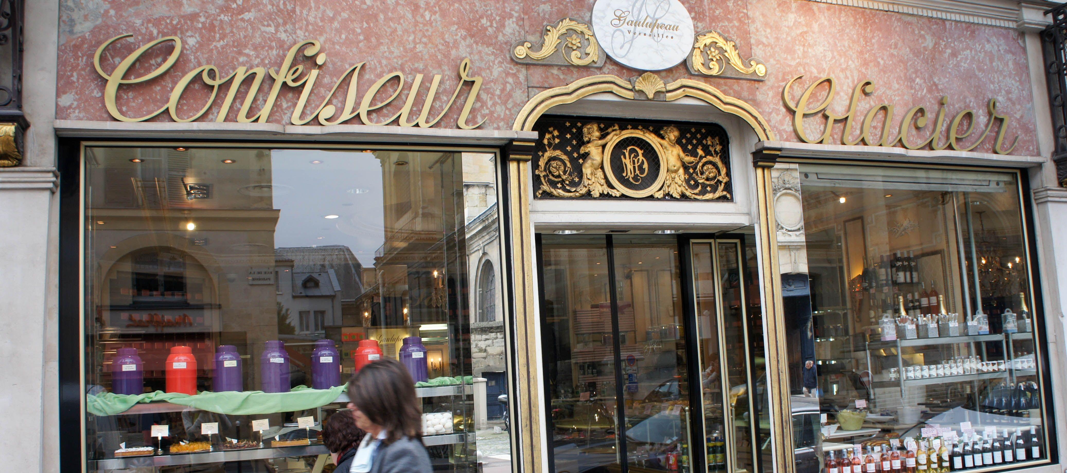 ヴェルサイユ街でショッピング!お土産も買えるエリア別おすすめ店&人気レストラン10選