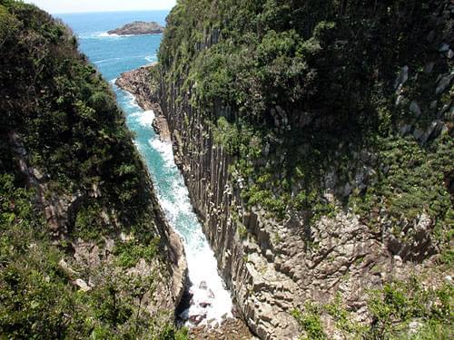 宮崎県のパワースポット「願いが叶うクルスの海」とは?浮かび上がる「叶」の文字に注目!