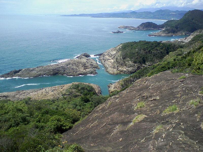 宮崎の絶景観光スポット馬ヶ背断崖 でパワーをもらう旅!願いが叶うクルスの海も!