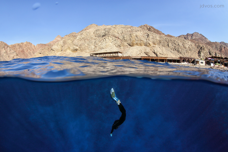 世界各国の絶景ブルーホール特集!世にも美しい吸い込まれるような神秘の青
