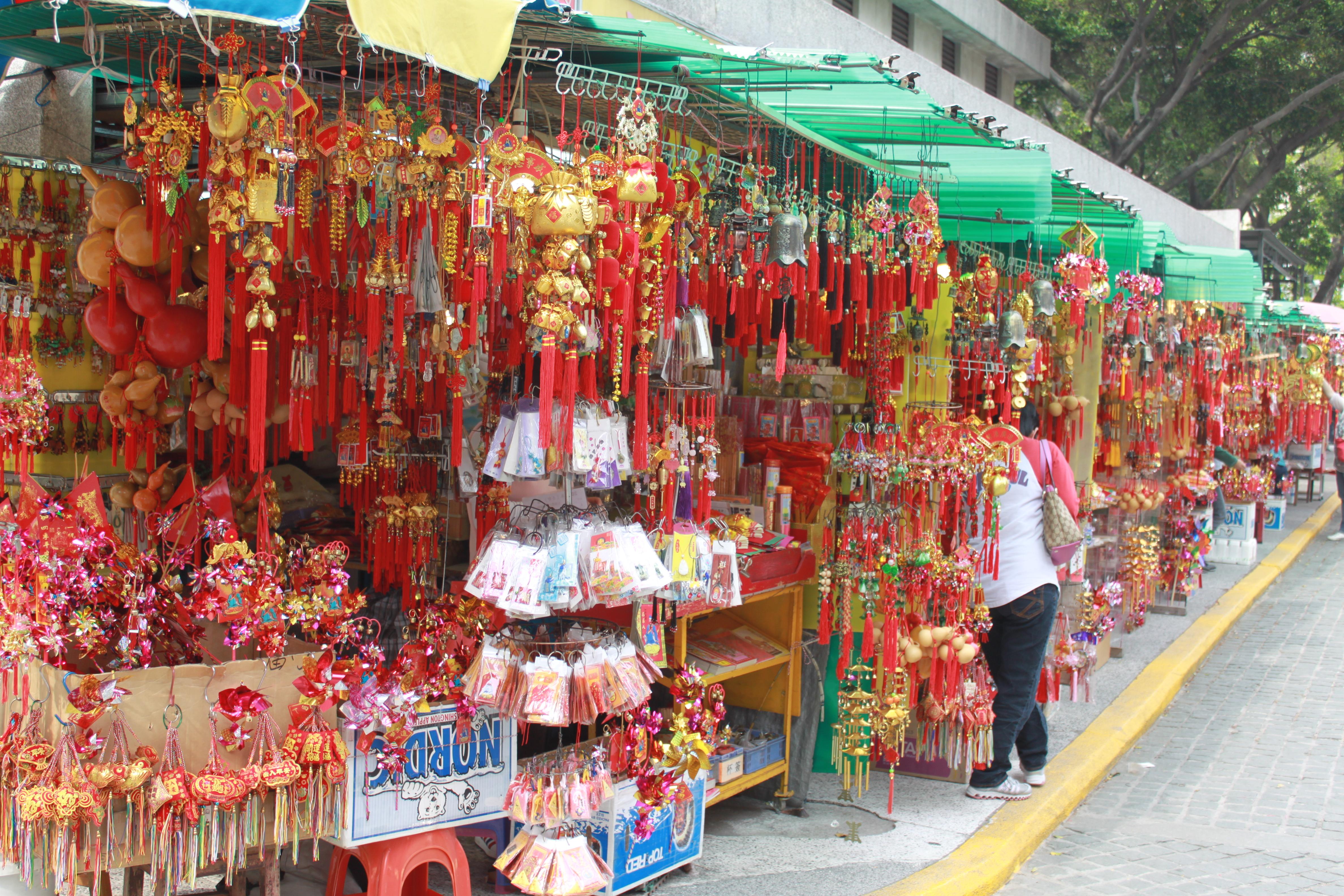 香港屈指のパワースポット!人気寺院 BEST3!旅行で運気を高めちゃお♪