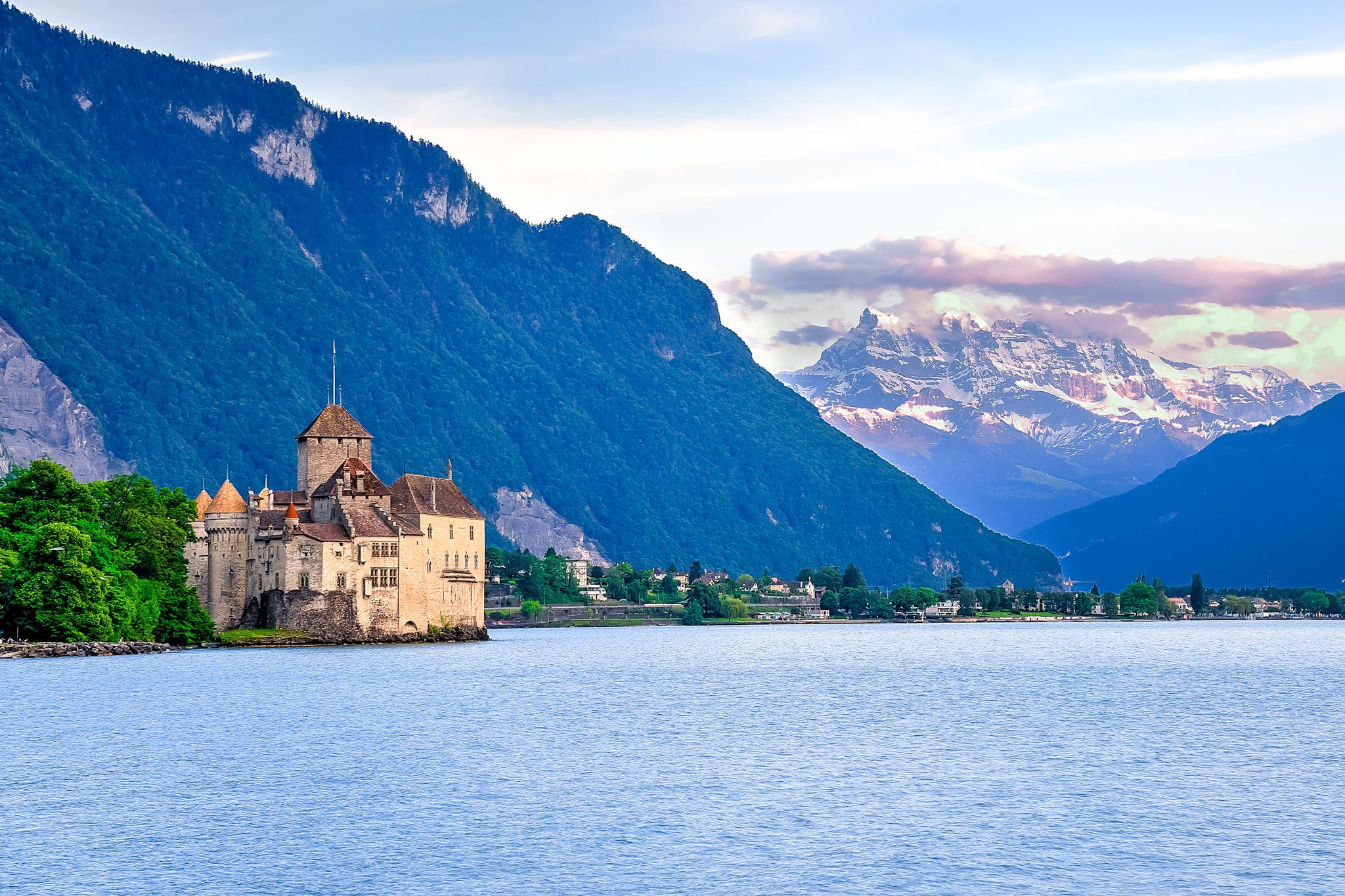 スイスの絶景スポットまとめ!一度は見たい壮大すぎるアルプスの大自然と街並み