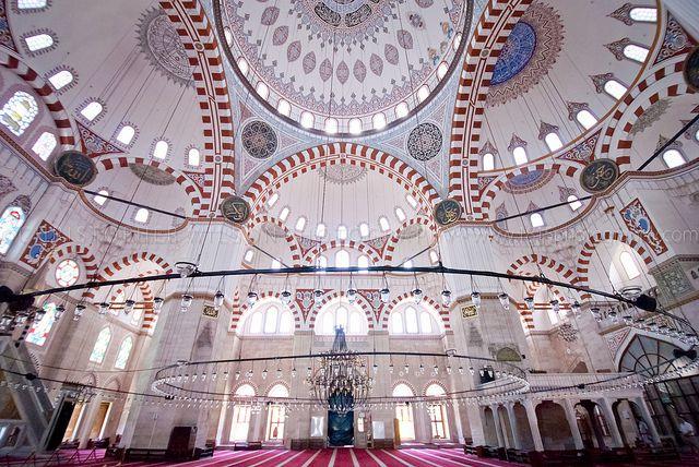 イスタンブール旧市街おすすめ観光スポット&人気トルコ料理レストラン7選