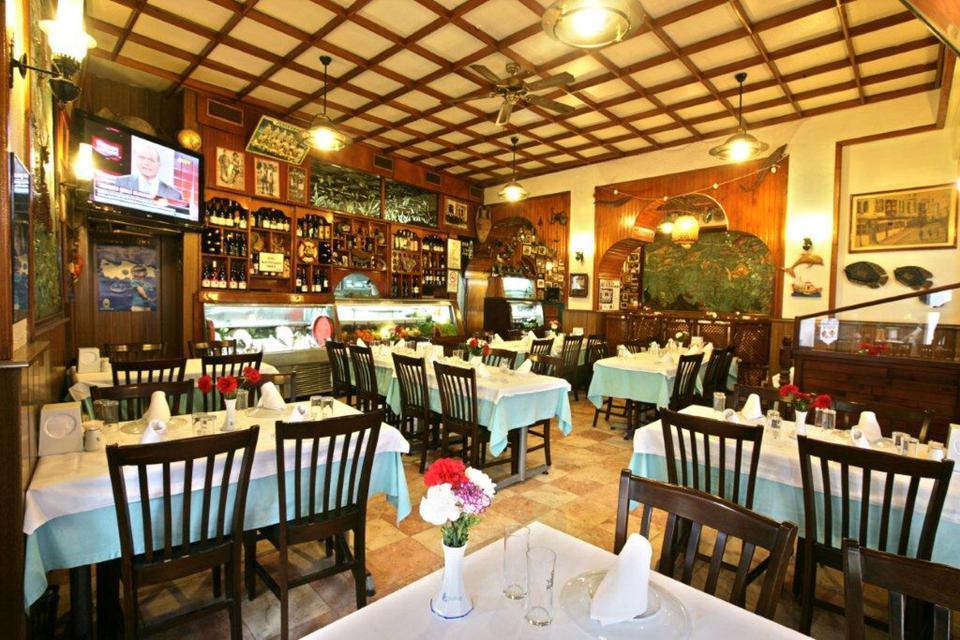 トルコの居酒屋でおいしいお酒を!生演奏やテラス席もある人気メイハネおすすめ4店