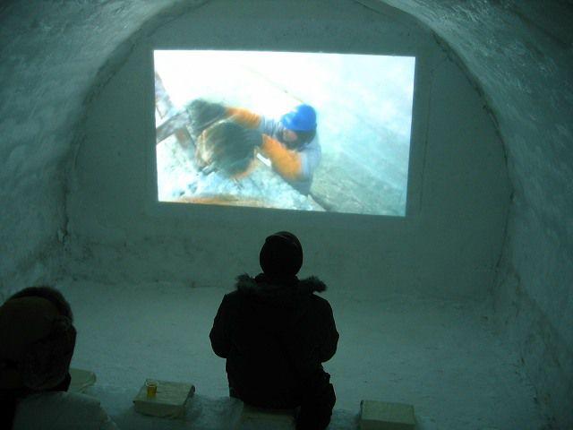外気温度差60度?!氷上露天風呂で極限の冬を満喫!しかりべつ湖コタンとは?