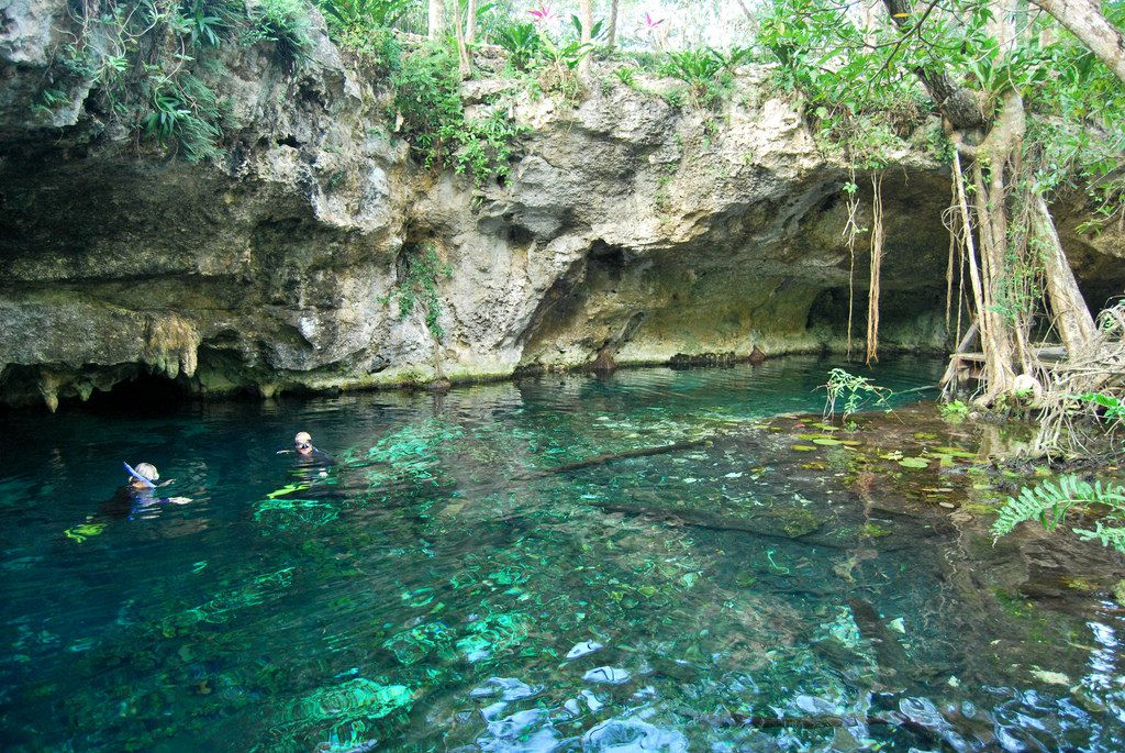 セノーテで神秘体験!美しく幻想的な世界を楽しもう in メキシコ
