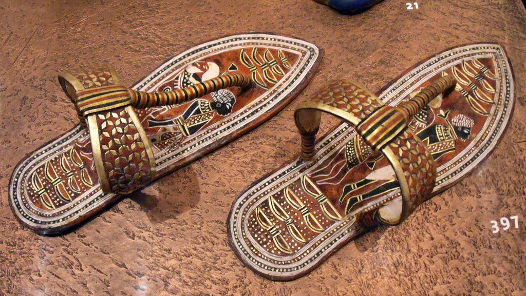 エジプトの見どころ!若きツタンカーメン王を飾る2,000点の財宝