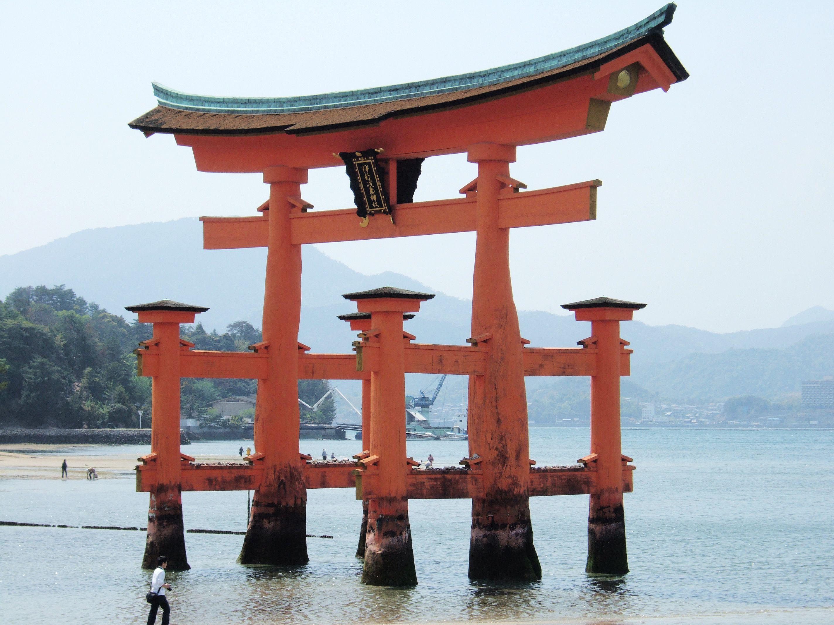 日本初・自転車で渡れる海峡!澄み渡る海と緑鮮やかな島々が織りなす多島美を楽しもう♪