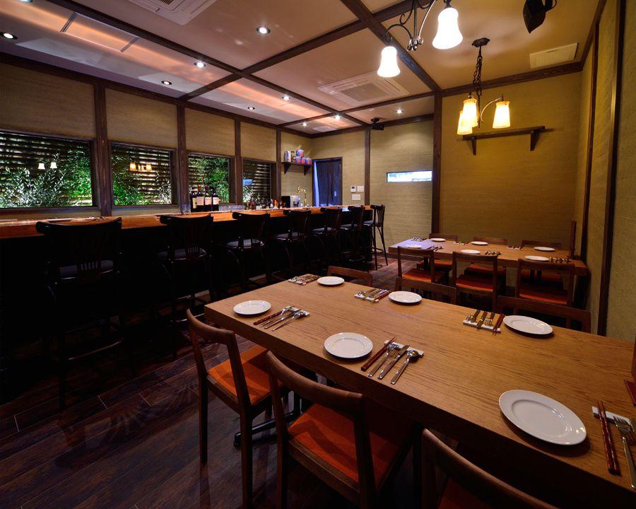 大阪・裏なんばで人気の絶品グルメ&レストラン5選!エビ料理に生ハム、トリュフにシンガポール料理も!