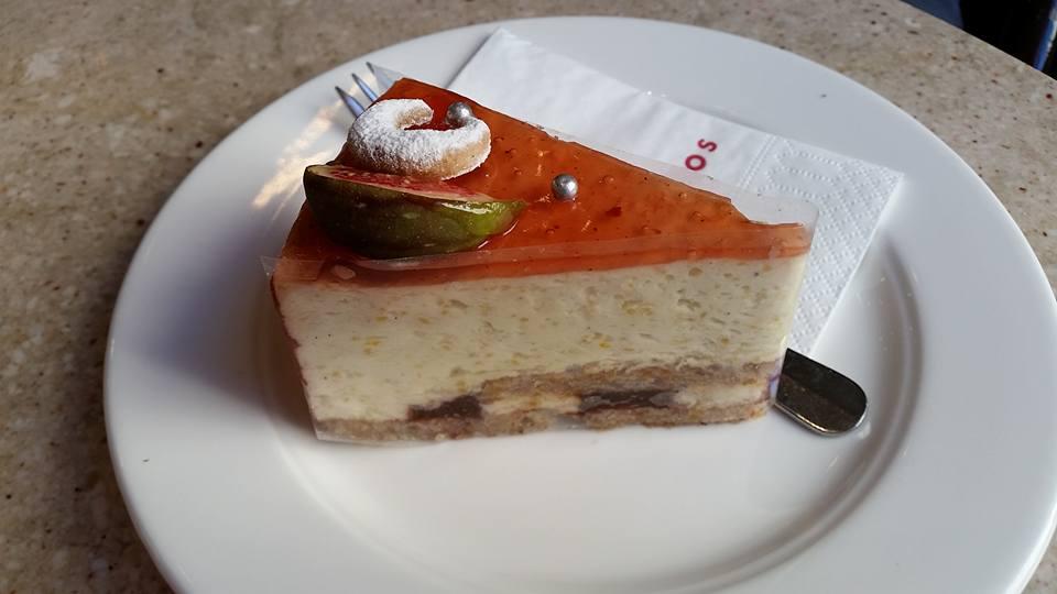 オーストリア・ザルツブルク「Fingerlos」ヨーロッパNo.1のケーキ!