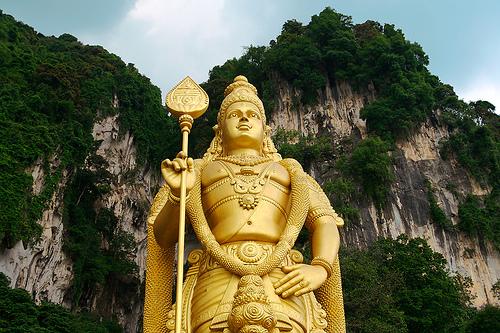 マレーシア・クアラルンプールから行ける観光スポット「バトゥ洞窟」がおすすめ!