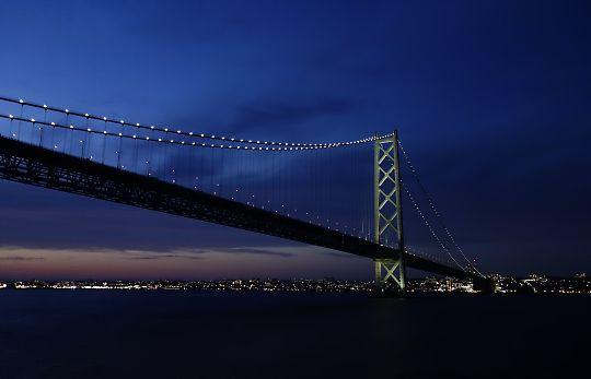 神戸の船上レストランで豪華なクルージングディナー!生演奏に中華、フレンチで贅沢三昧!