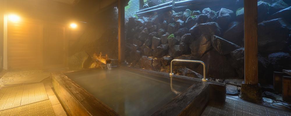 草津温泉の魅力&おすすめ旅館7選!素晴らしい泉質に客室露天風呂も!
