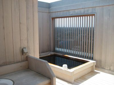 府中駅前天然温泉「縄文の湯」で黒湯に入ろう!露天風呂は景色も最高!