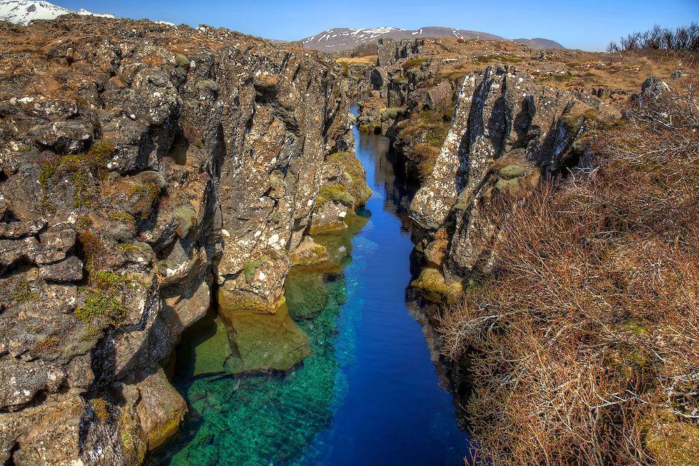 アイスランドの自然観光スポット「シングヴェトリル国立公園」で奇跡の絶景を目撃!
