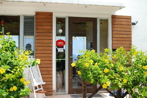 石垣島の人気カフェランチおすすめ5選!絶景かつ地産地消のおいしいグルメが最高♡