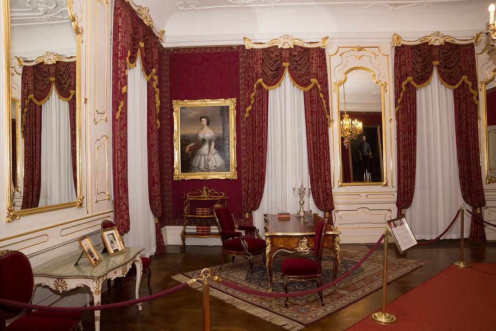 ハンガリー・ブタペストのおすすめ観光スポット!皇后シシィゆかりの地特集
