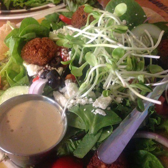 ハワイ・ハレイワの人気オーガニックカフェ「The Beet Box」でベジランチしよ!