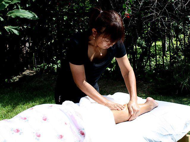 【ハワイ・スパ】ホテル出張もOK!人気のロミロミ「Kahuna & Mana Massage」で観光疲れを癒そう