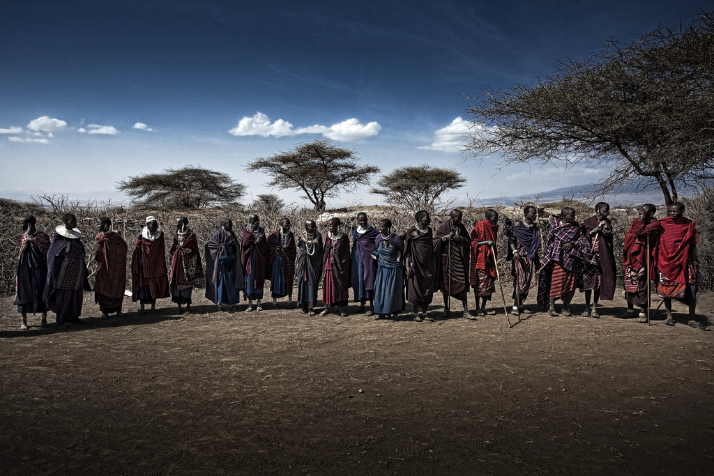 タンザニア旅行で行くべき「ンゴロンゴロ」!旅行野生動物の守護部族、マサイ族も!
