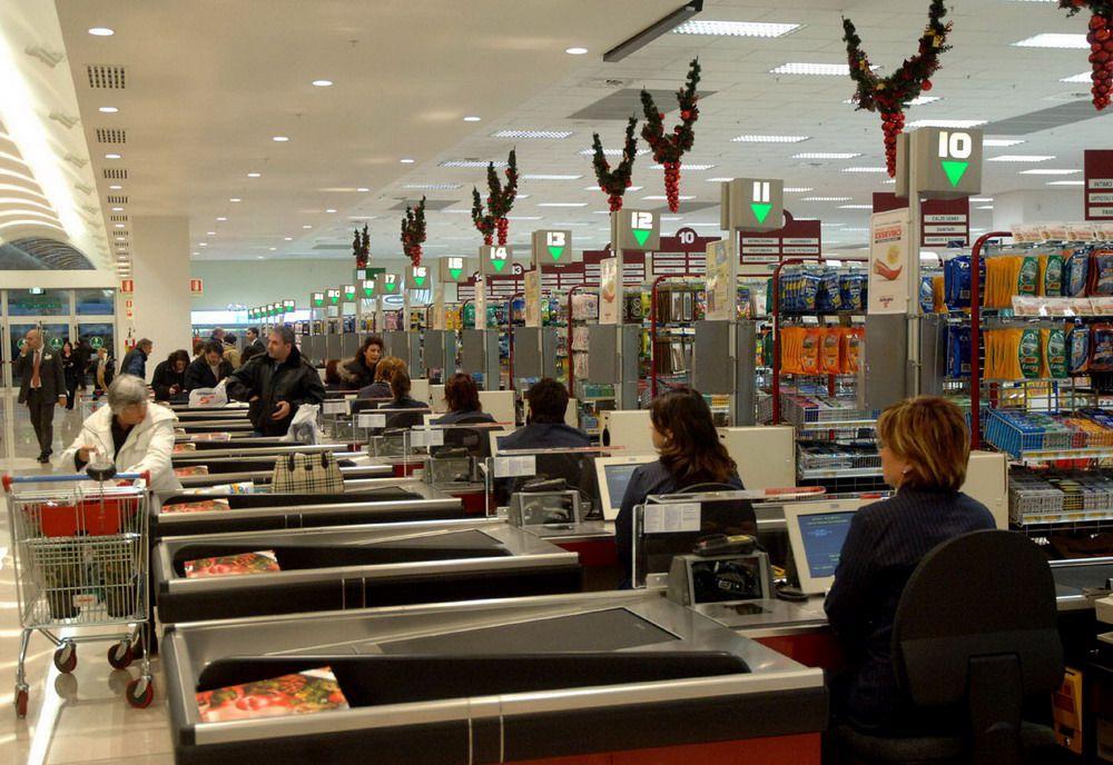 フィレンツェでお土産!ワイン!お菓子!スーパーマーケット「エッセルンガ」が超楽しい!