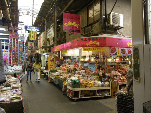 大阪市・鶴橋にある韓国!? プチ旅行気分が味わえるディープな鶴橋商店街を紹介
