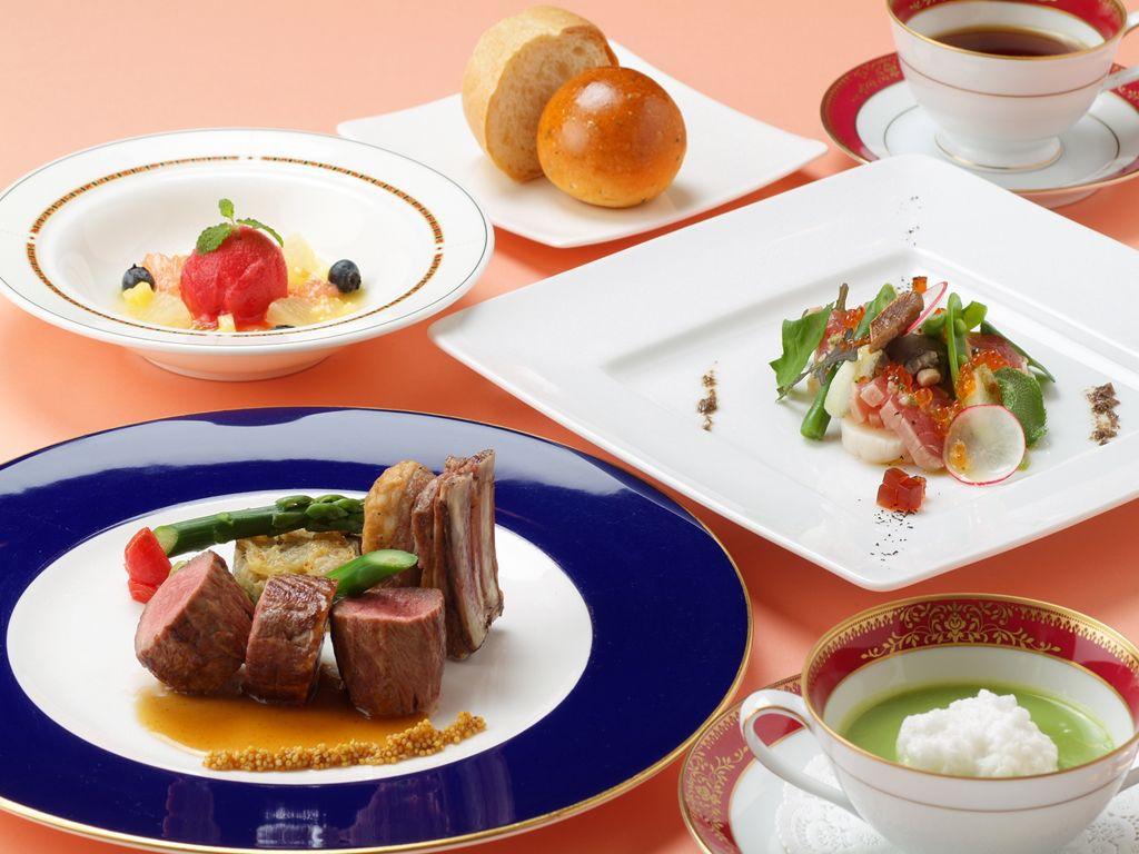 ザ・プリンス箱根芦ノ湖ホテルは客室も温泉スパも最高!フランス料理レストランやなだ万雅殿も