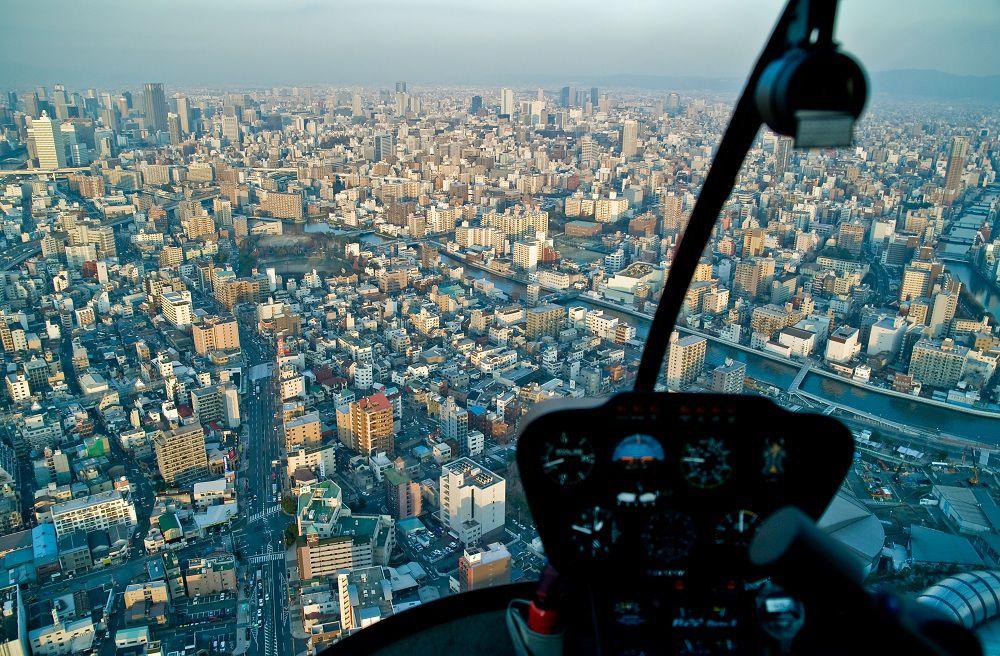 【東京】サプライズプロポーズをヘリコプター周遊クルージングで成功させろ!