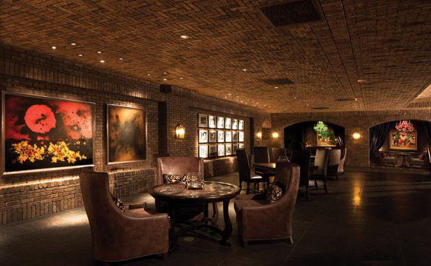 ホノルル・アラモアナの隠れ家フレンチレストラン「ヴィンテージ・ケーブ」が素敵すぎる