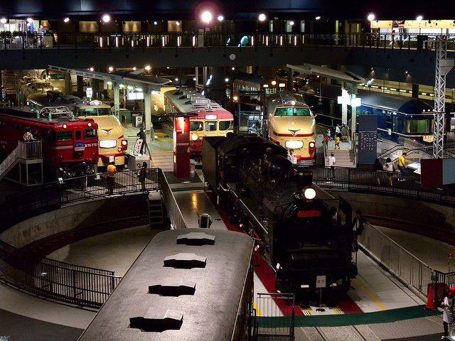 電車好き必見!鉄道博物館で巨大ジオラマと出会い、運転士になれる