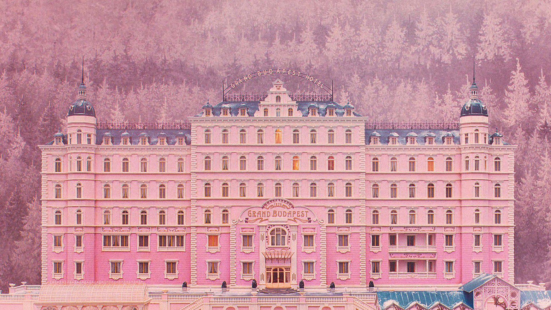 映画「グランド・ブダペスト・ホテル」ロケ地!チェコの歴史あるホテル&ドイツ・ゲルリッツのデパート紹介♪