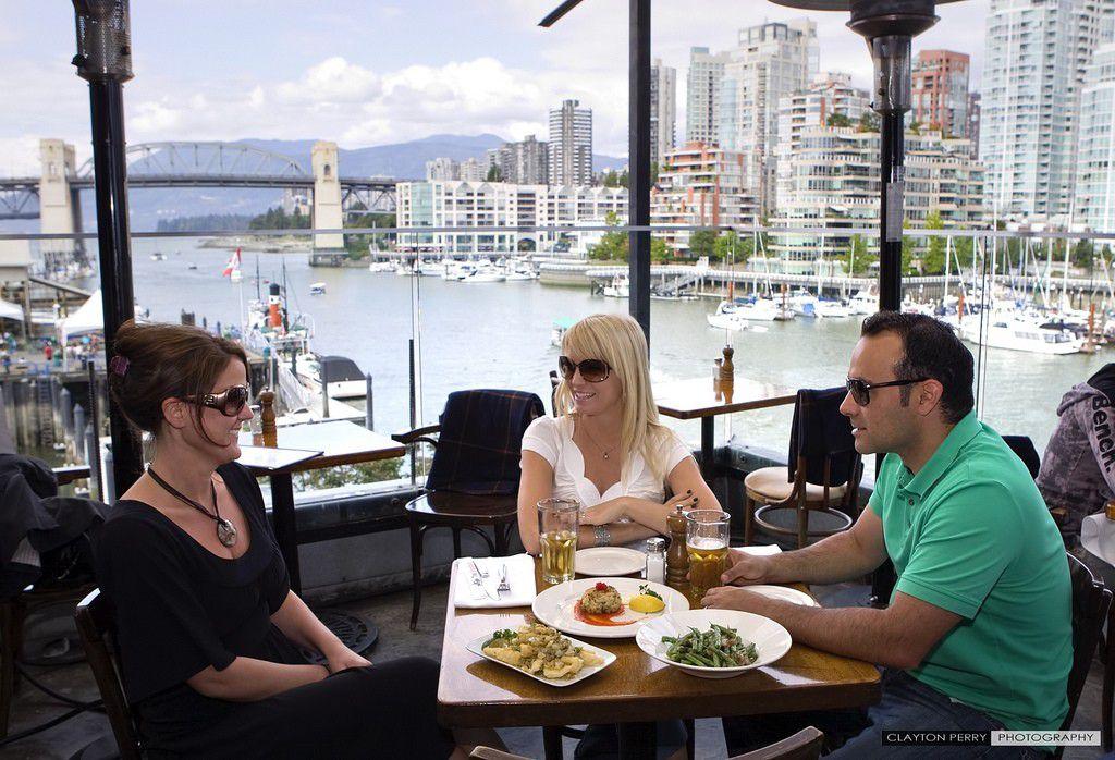 バンクーバーで景色良し!味良し!なグランビルアイランドのおすすめレストラン3選
