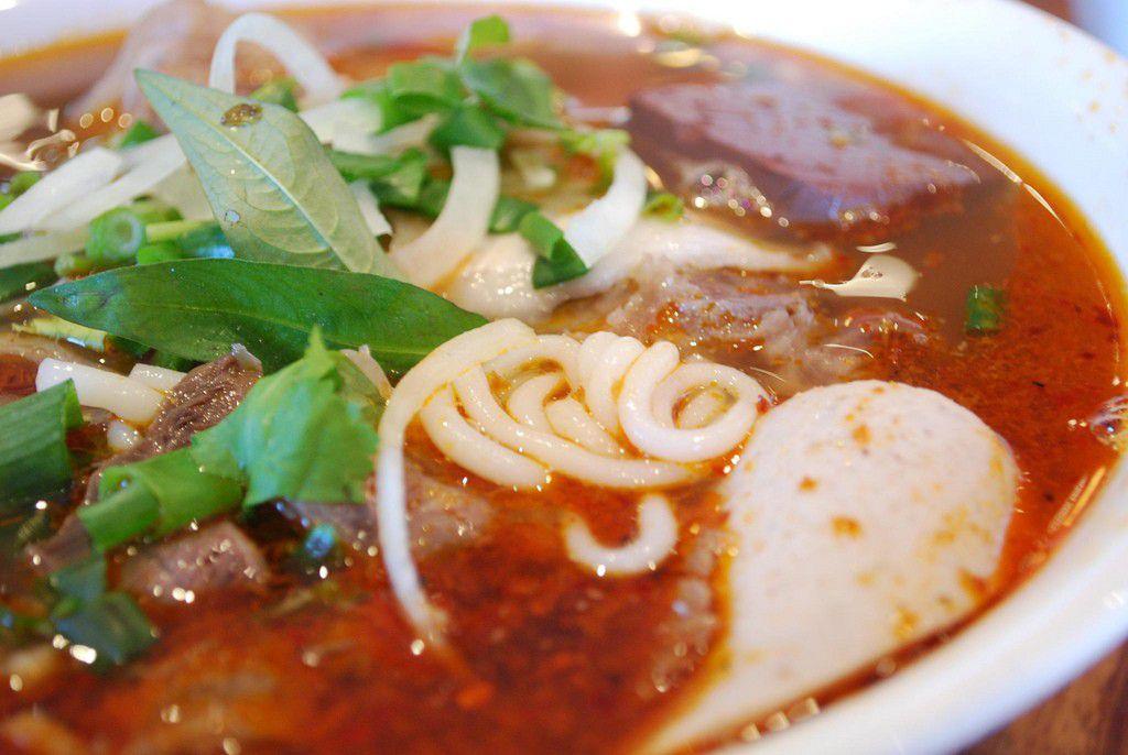 ベトナム・フエで食べるべき名物グルメ3選!フォーもひと味違います!