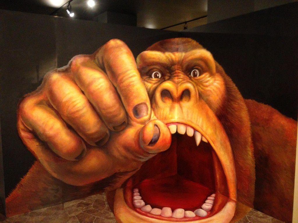 サメに食べられる!?  熱海トリックアート迷宮館でおもしろアートに遭遇!