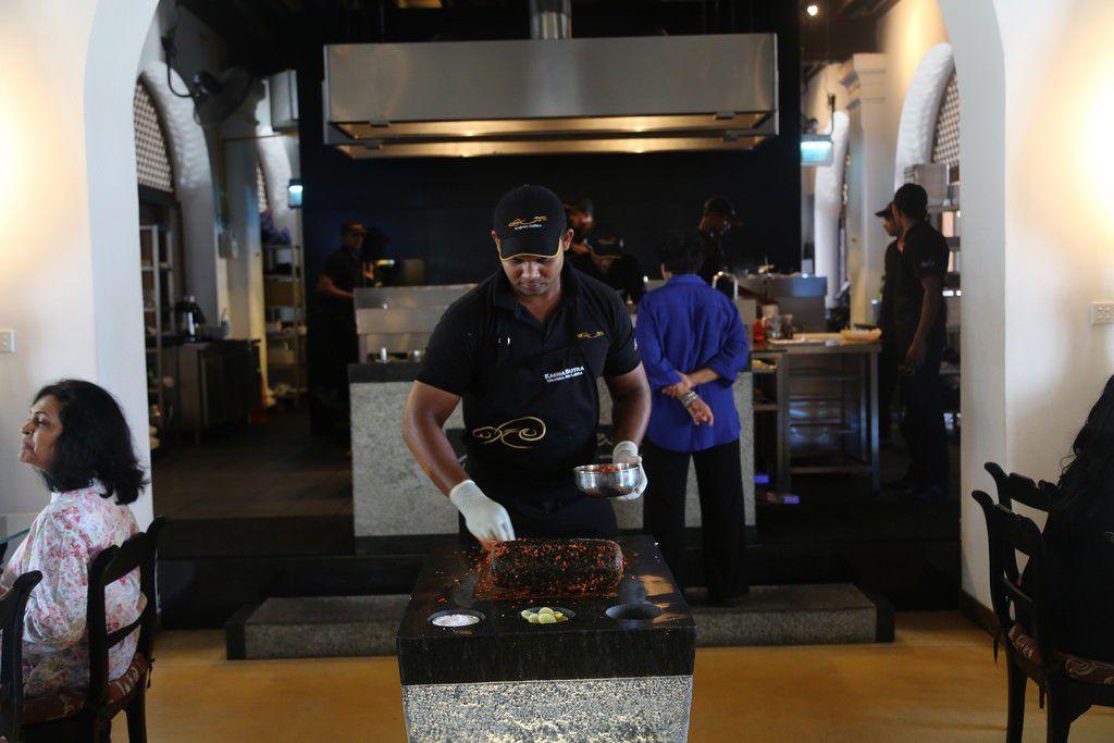スリランカ旅行で必ず食べるべきおすすめグルメと人気レストラン5選