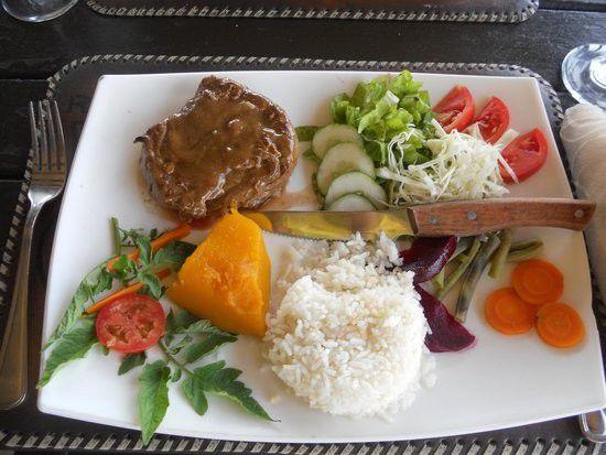 キューバ・バラデロのおしゃれレストラン3選!カリブ海の真珠で舌鼓を