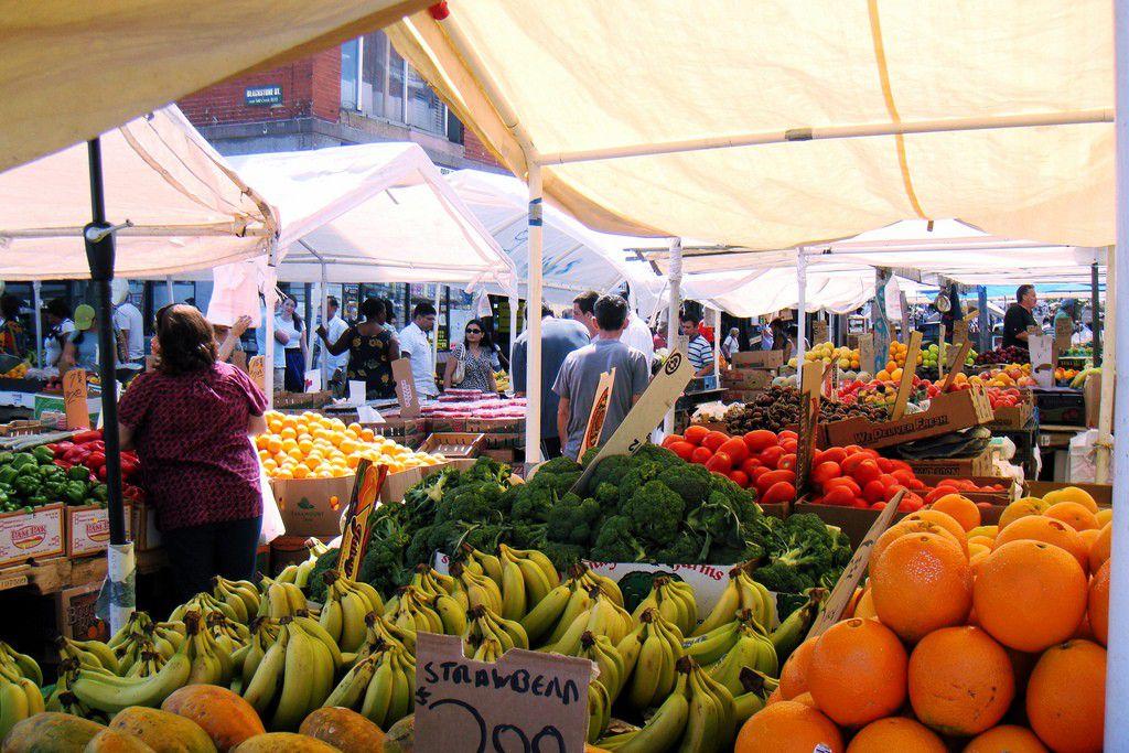 ボストンの2大人気市場「クインシー&ヘイマーケット」でロブスターロールと新鮮野菜を♡