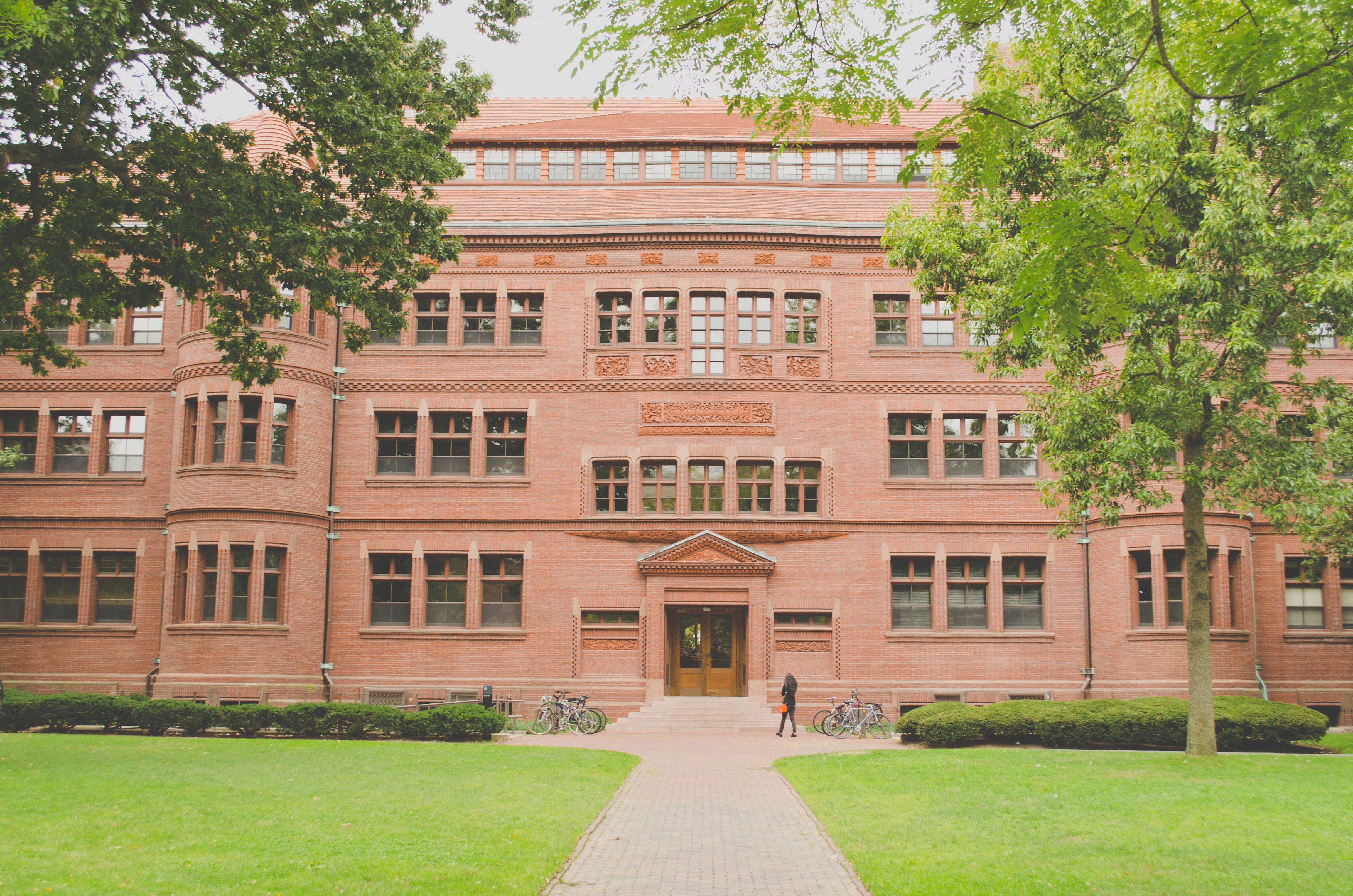 ボストンのケンブリッジ観光といえばハーバード大学!学生の街おすすめスポットまとめ