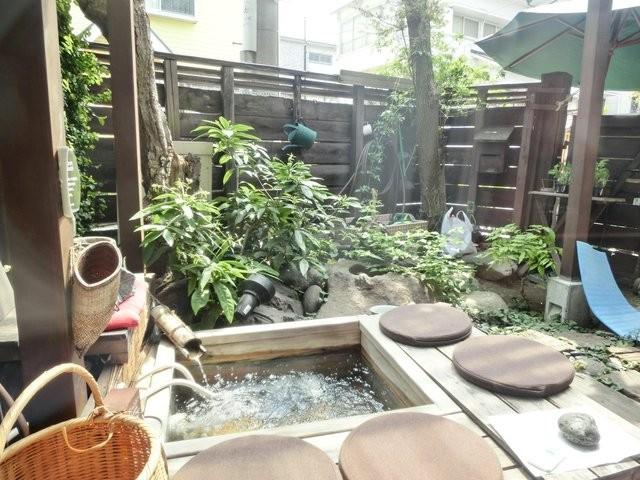 足湯が楽しめるカフェ「足湯カフェ」おすすめ3店~新宿・鬼怒川・箱根~
