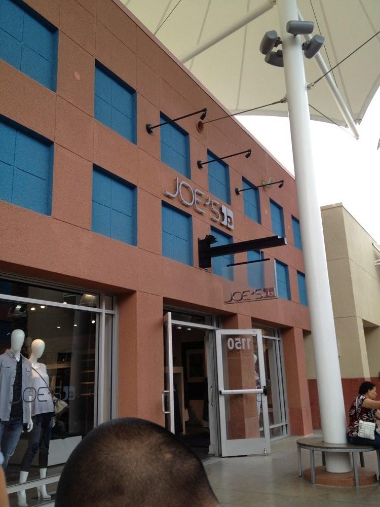 ラスベガス・ノース・プレミアム・アウトレットのおすすめショップ6選 !市内中心地からのアクセスも抜群