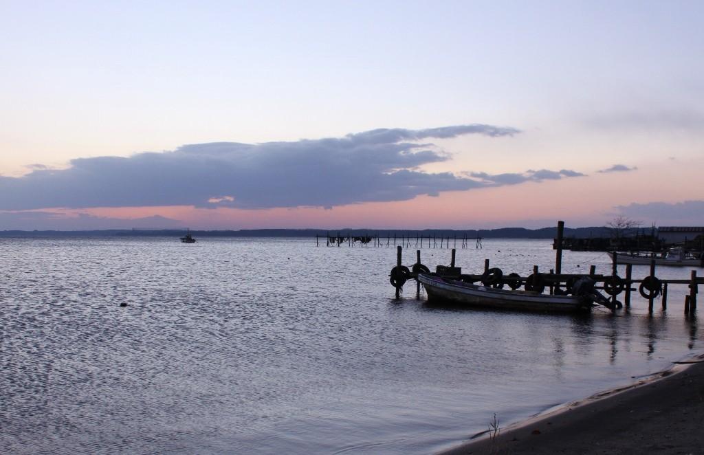 昼はしじみ狩り、夜は星空!青森・小川原湖の魅力に迫る