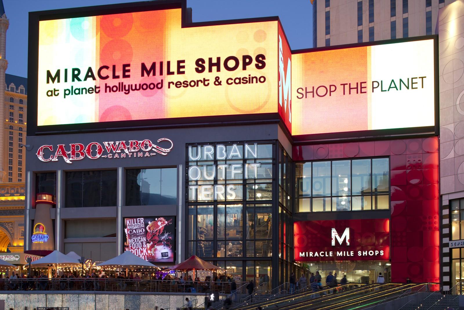 ラスベガス「Miracle Mile Shops」はアメカジファン必見のショッピングスポット!