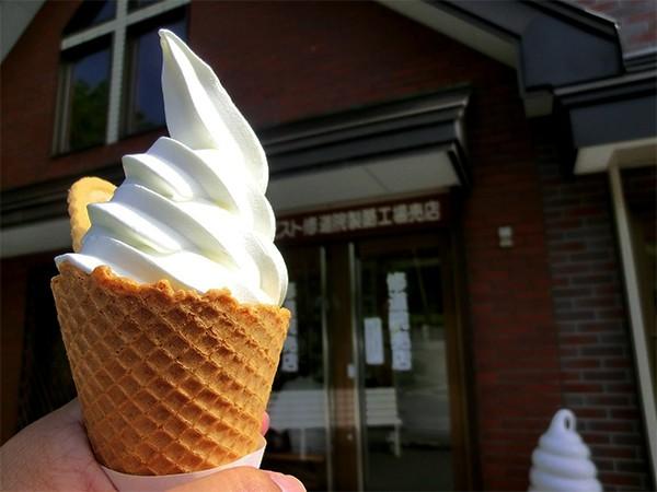 北海道函館ドライブにおすすめの超人気ソフトクリーム店4軒! 北斗・木古内方面のドライブ休憩にぴったり