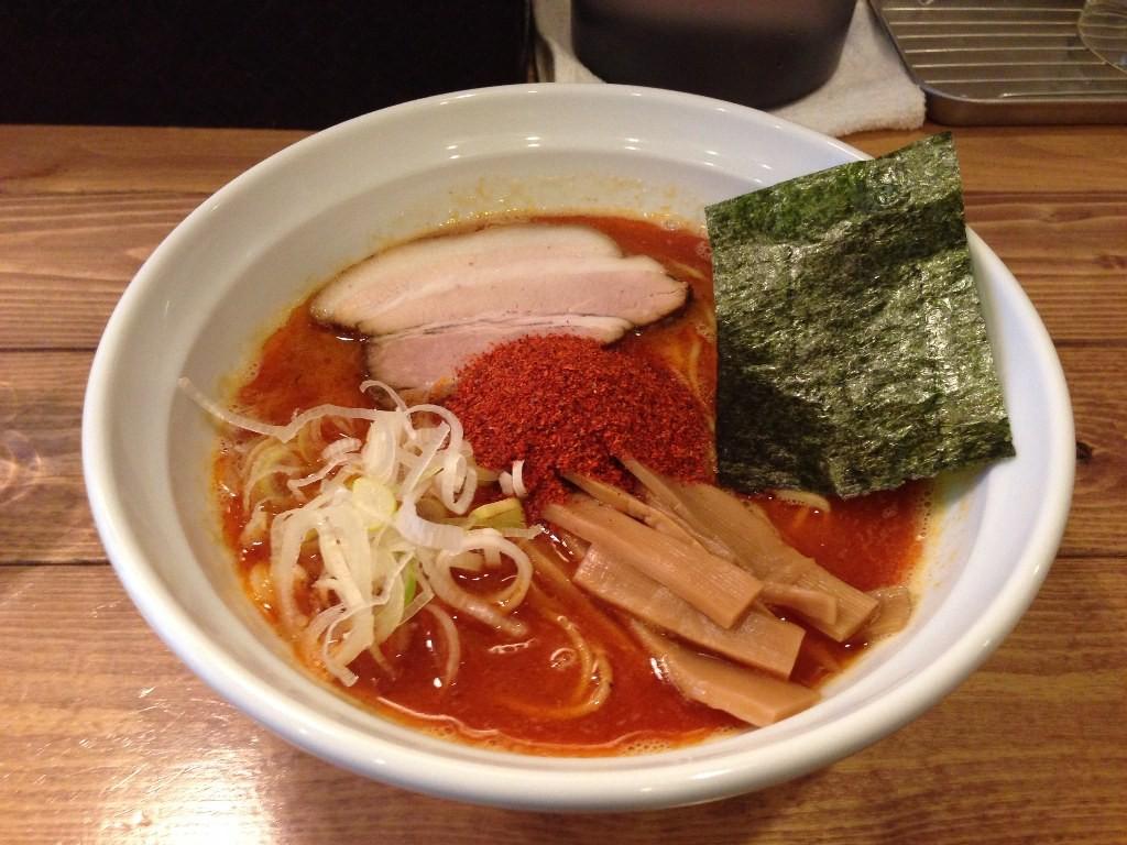 福岡で人気の変わり種とんこつラーメン6選!博多ラーメンは進化している!