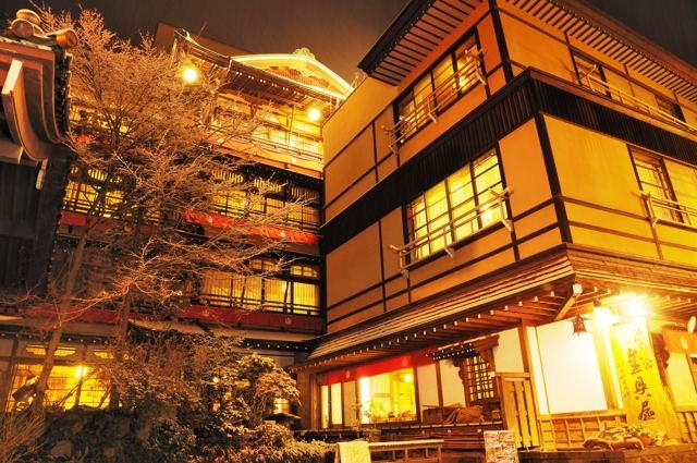 【関東近郊】都内から週末に行けるアクセスが良い温泉街おすすめ4選